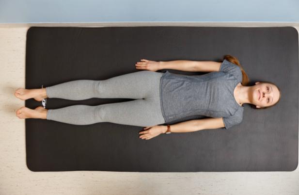 Ćwiczenia pooperacyjne - pozycja kończyn dolnych 2